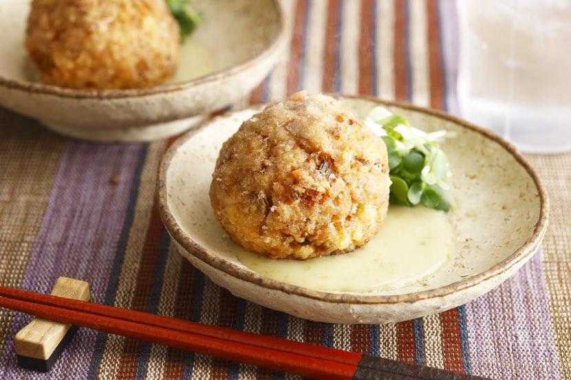 鶏肉と豆腐のふんわり揚げ団子 ゆずこしょう酢みそソース