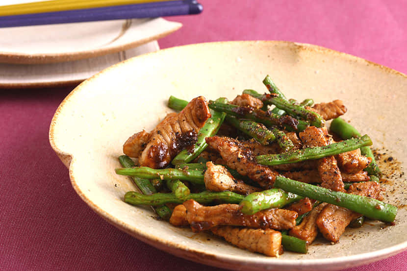 豚肉といんげんのピリ辛味噌炒め