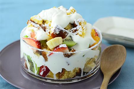 いろいろフルーツのスコップケーキ