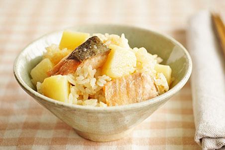 鮭のじゃがバター炊き込みご飯