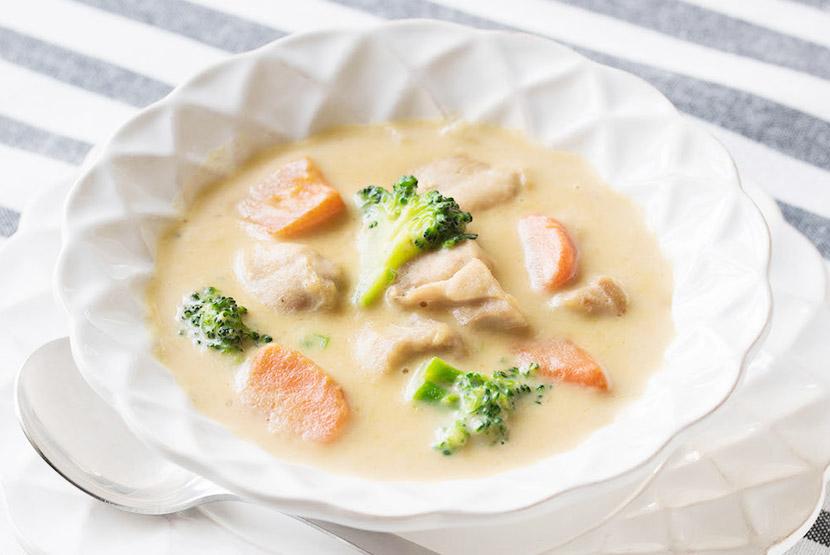 大豆粉ホワイトソースで作るシチュー