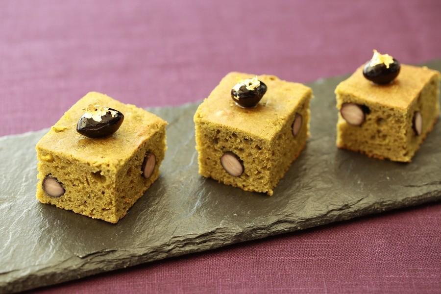 大豆粉の黒豆抹茶ケーキ