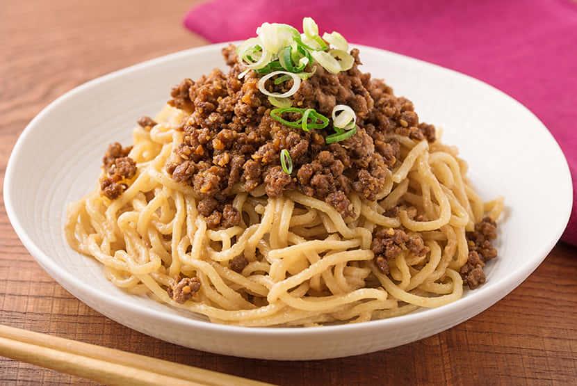 四川風 大豆のお肉のごま味噌そぼろ麺