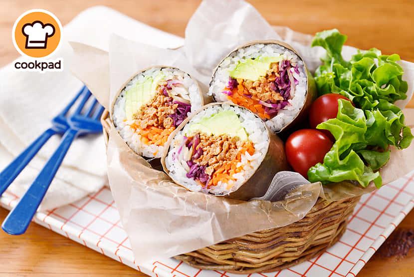 大豆のお肉で満足感◎ベジ寿司ブリトー