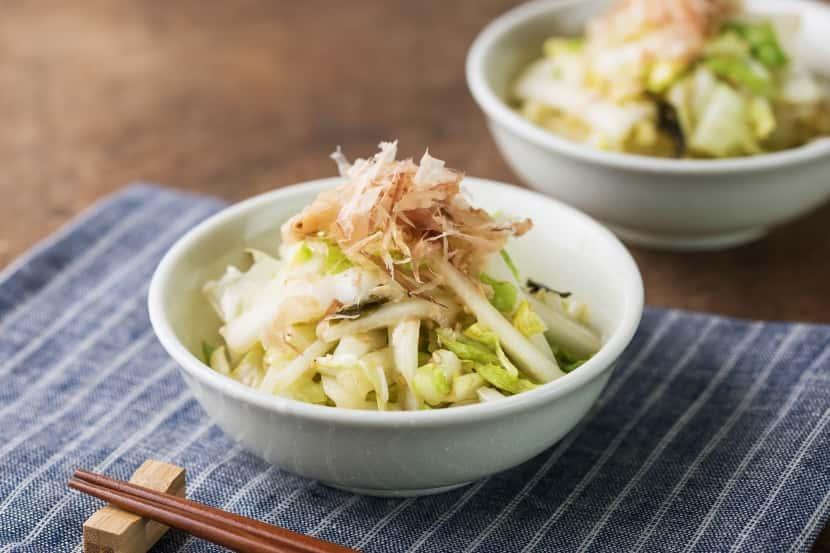 【即席みそ汁活用術】やみつき即席白菜サラダ
