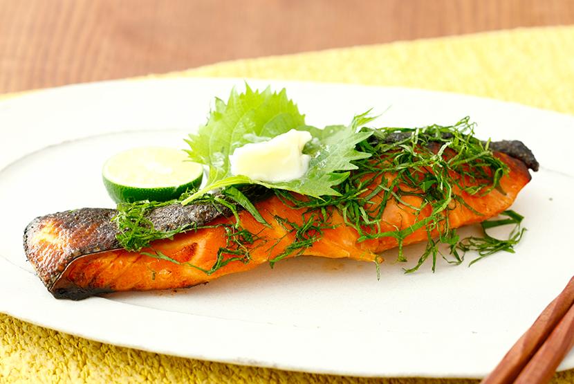 鮭のしょうゆ糀つけ焼き