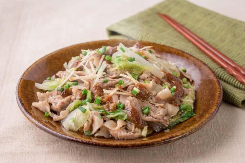 やみつき!豚肉と白菜のおろし味噌蒸し