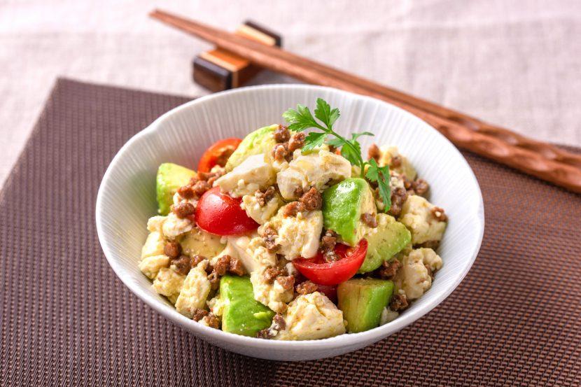 くずし豆腐とアボカドのサラダ