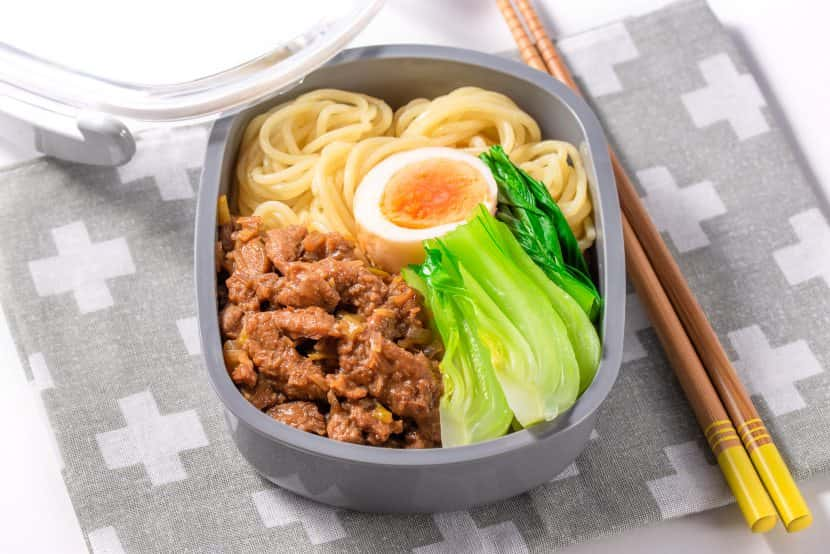 【麺弁当】大豆のお肉のルーロー麺弁当