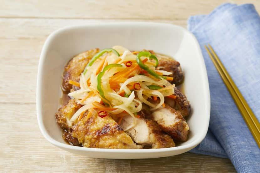 【下味冷凍】揚げない鶏の南蛮漬け 〜鶏もも肉の糀甘酒ポン酢漬けアレンジ〜