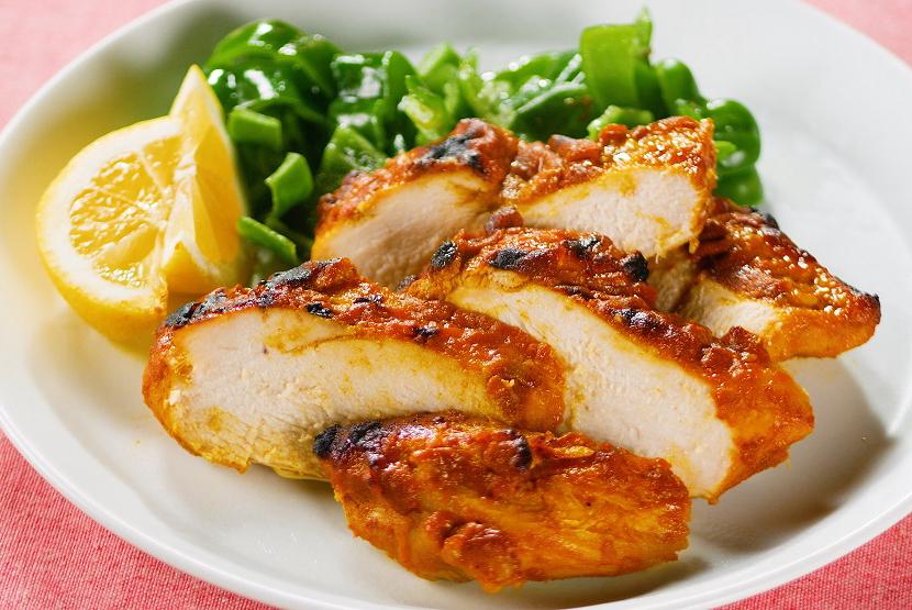 鶏むね肉のしっとりヘルシータンドリーチキン