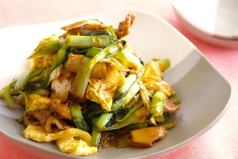 タア菜と豚肉、卵の甘辛みそ炒め