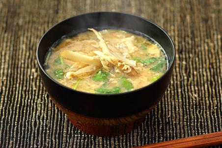 の 味噌汁 ごぼう ごぼうとねぎのみそ汁 byしらいのりこさんの料理レシピ