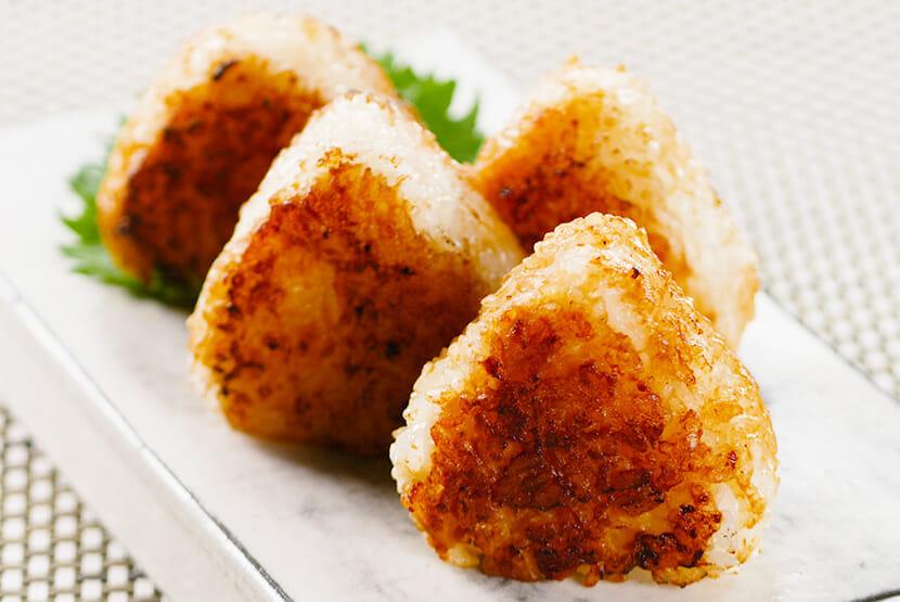 簡単 レシピ 焼き おにぎり おにぎりの具におすすめな簡単レシピ!定番から変わり種まで!