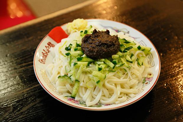日本の郷土料理再発見!「じゃじゃ麺」とは?